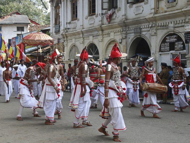 عروض الفلكلور الشعبي في سريلانكا