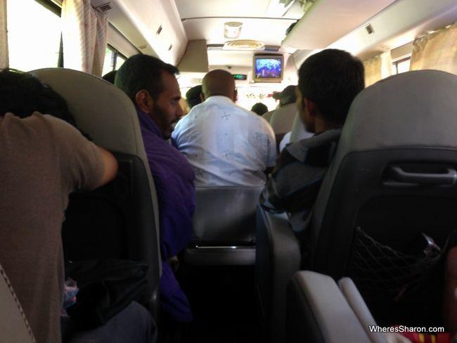 الحافلة الفخمة من كاندي إلى جالي